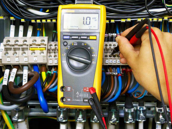 Prüfiung Elektroanschluss Wallbox